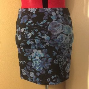 NWOT Express Blue Floral Skirt